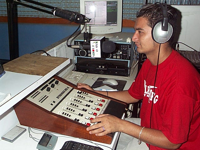 elsal_radiovic1.jpg
