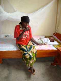 Mother and child in clinic in Burundi