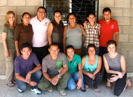Gillian Hoyer (bottom right) visits CoCoSI members in El Salvador.