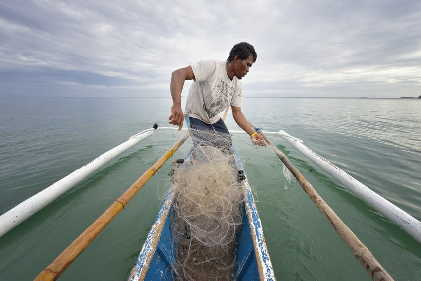 Filipino farmers, fishers, craftspeople, and business owners are getting back to work as the recovery from Typhoon Haiyan continues. Photo: ACT/Paul Jeffrey
