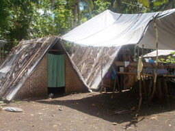 Families on Bohol have made their homes in whatever materials they have available. Photo: BPADC