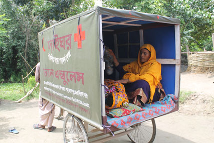 Lucky Begum rode 1.5km in a van ambulance like this out to the main road when she was in labour and headed to the hospital. Photo: UBINIG