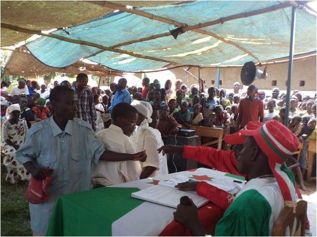 The mayor of Gihanga, Burundi officiating at the weddings of 180 couples. Photo: Zaida Bastos
